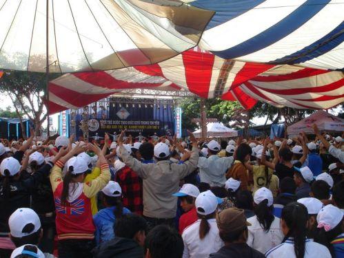 Đại Hội Giới Trẻ Giáo Phận Ban Mê Thuột - Giới trẻ bước theo Đức Kitô trong tin yêu