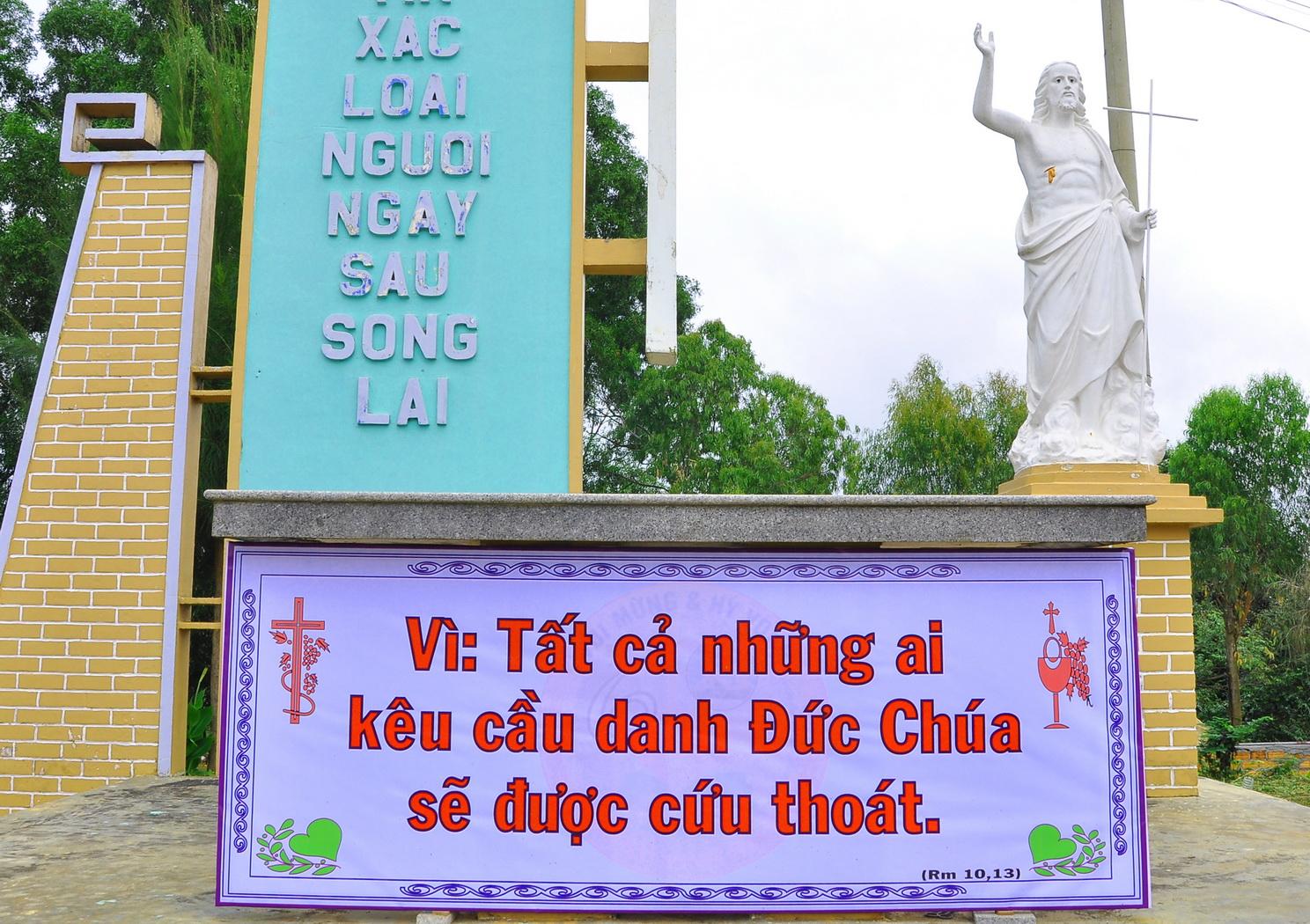 Vinh Hương Mùng 5 tết - Thánh lễ tại đất thánh giáo xứ