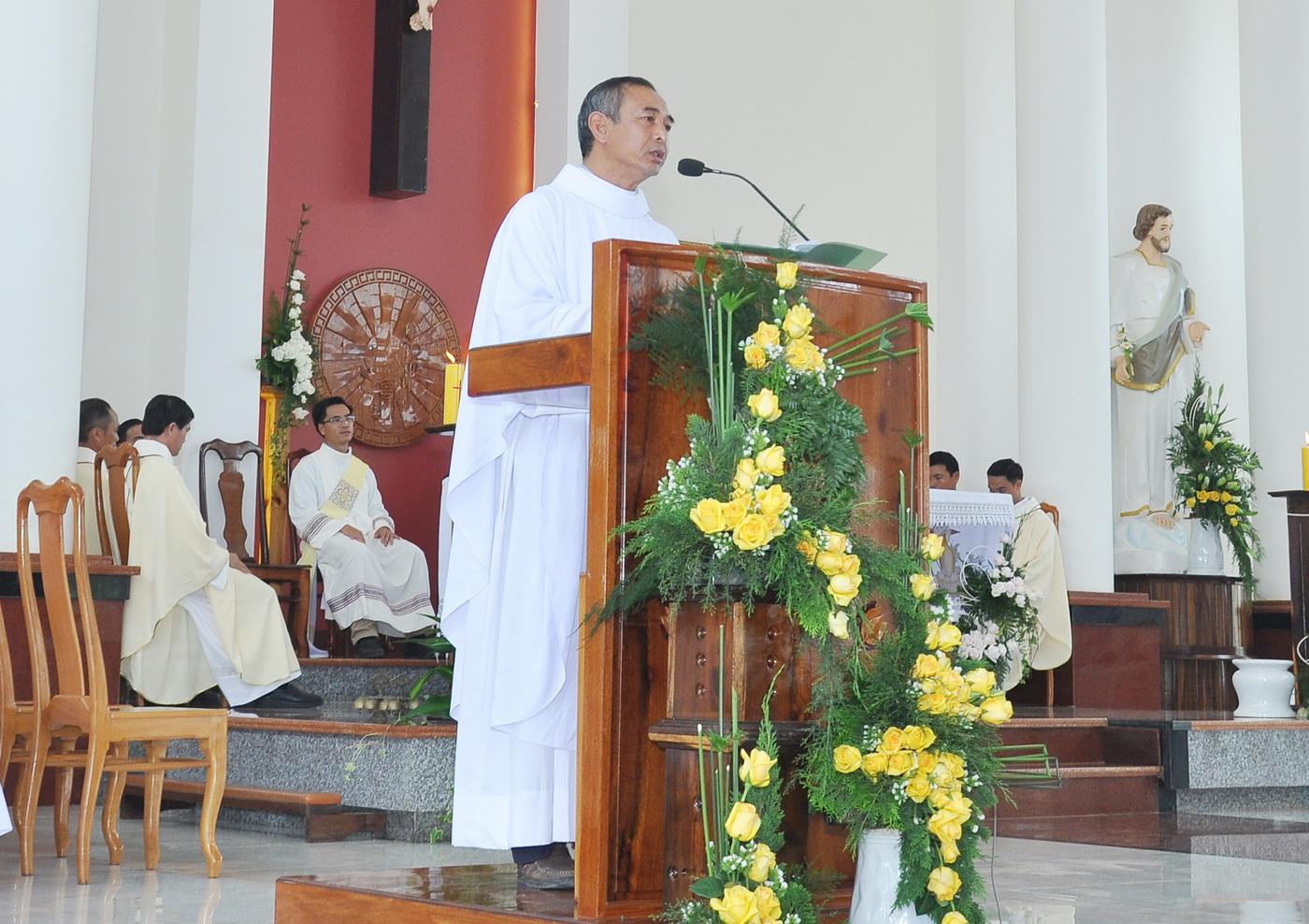 Giảng lễ Tạ ơn của Tân linh mục Phêrô Nguyễn Quốc Dương, CM